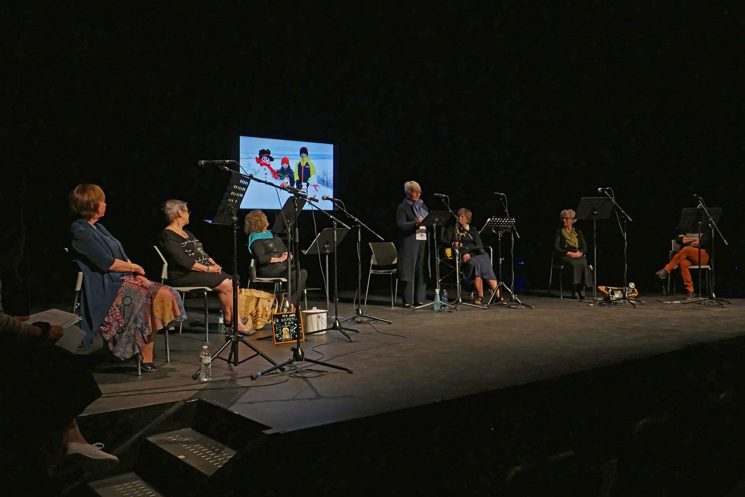 DE LA CONFIDENCE À LA SCÈNE Projet Théâtral Pour Aîné·es Michelle, Roseline, Mireille, Rita, Irène, Claire Et Régis